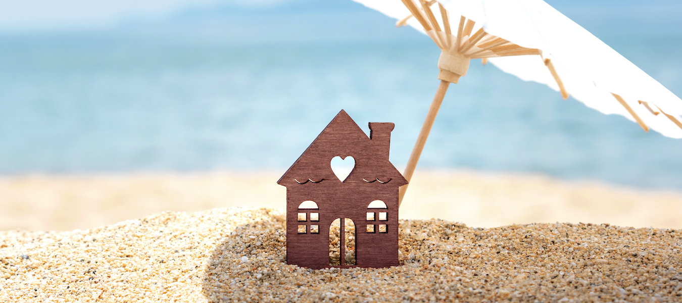 tips for buying a home in the summer